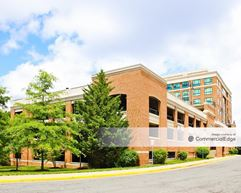 Kingstowne Towne Center - 5971 Kingstowne Village Pkwy - Alexandria