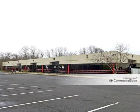 Oak Tree Business Center - South Plainfield