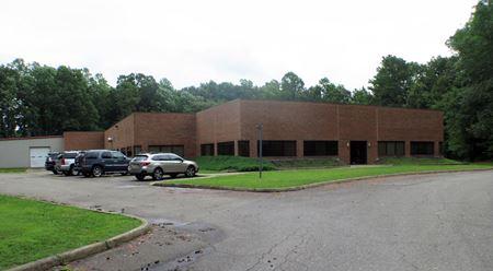 133 Roxbury Industrial Center - Charles City