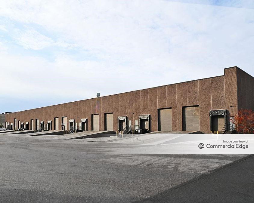 Rogers Corporate Center - 19725 & 19875 South Diamond Lake Road