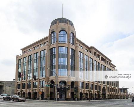 Citrus Tower Corporate Plaza - Riverside