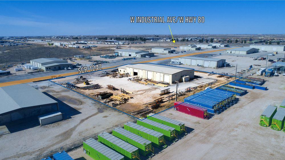 12,375 SF with 5-ton Crane & Wash-Bay