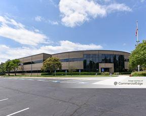 Southlake - 16011 College Blvd