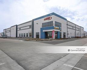 Crossroads Commerce Park - Building 1