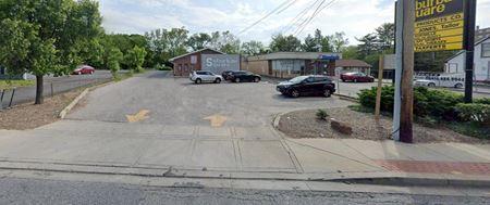 Suburban Square - Pikesville