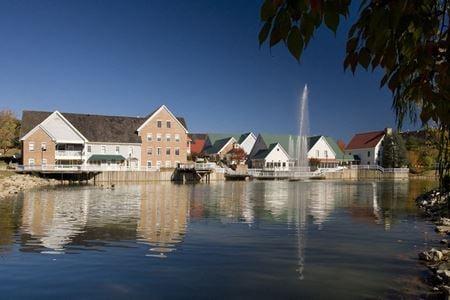 Tackett's Mill Center - Lake Ridge