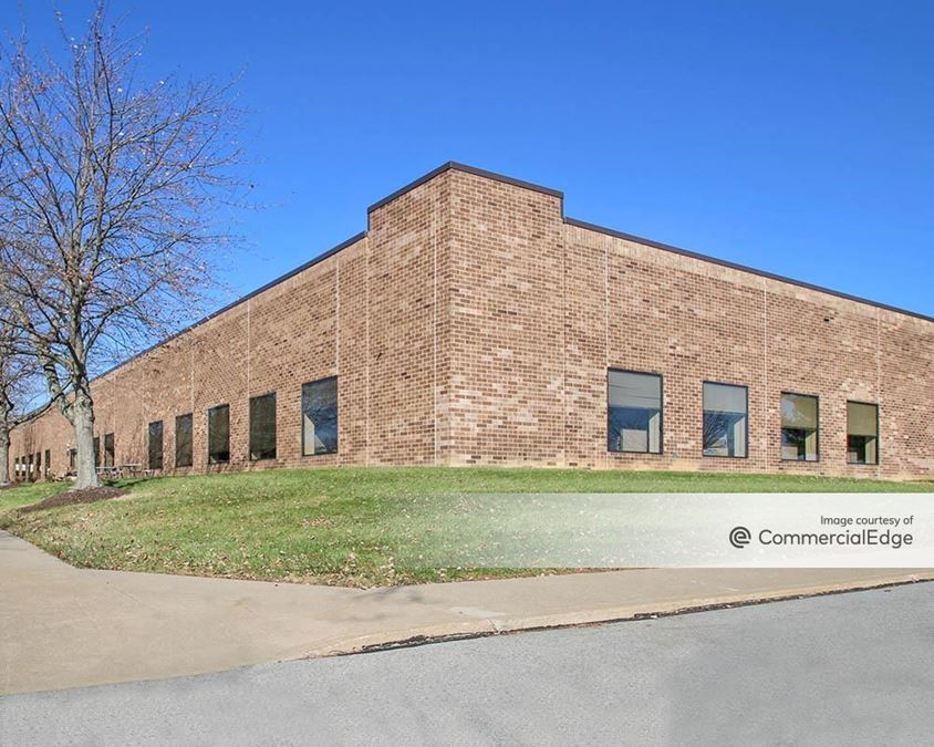 Iron Run Corporate Center - 7450 West Tilghman Street
