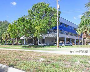 Cinnamon Tree Plaza