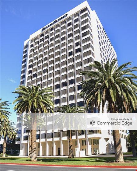 Jamboree Center - 4 Park Plaza - Irvine