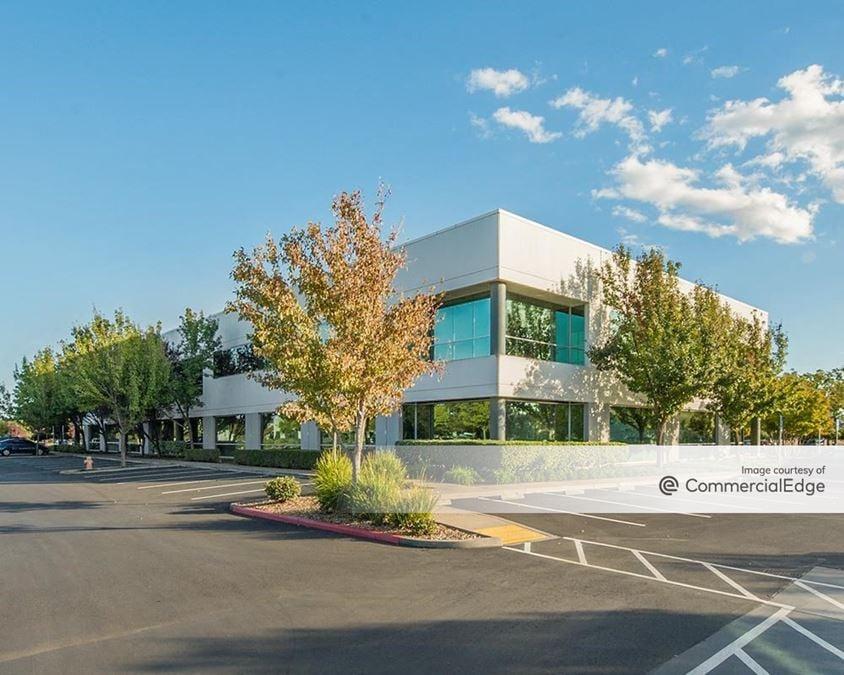 Fairfield Corporate Commons - 360 Campus Lane