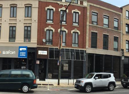687 N. Milwaukee Ave - Chicago