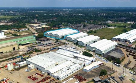 For Lease   108,000 SF Warehouse - Houston