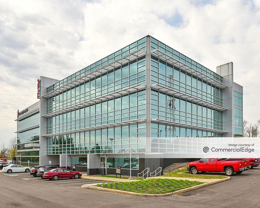 25 E Building