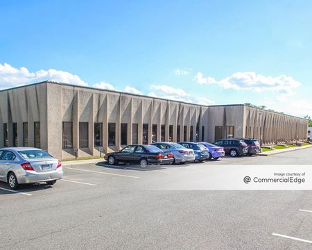 Cross Westchester Executive Park - 175 Clearbrook Road - Elmsford