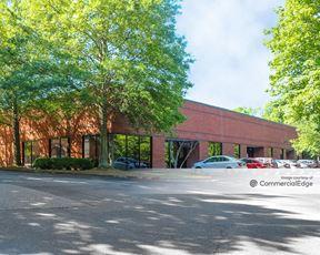 The Meadows Commerce Center - Alpharetta