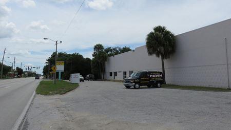 Freestanding Building on Lit Corner - Daytona Beach