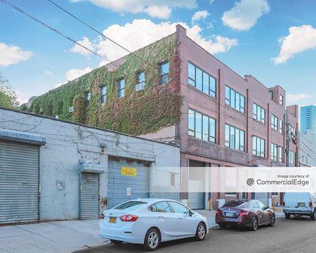 Alrue Import Building - Long Island City