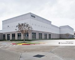 Colony Crossing Business Park - 10207-10215 South Sam Houston Pkwy West - Houston