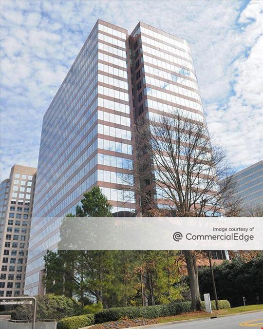 Atlanta Galleria Office Park - Galleria 200