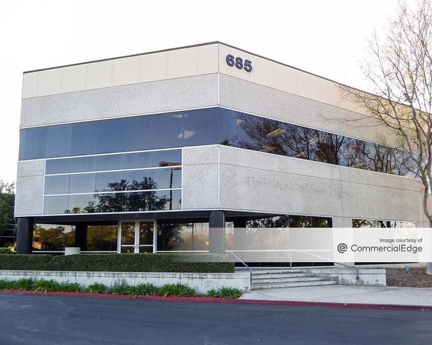 Tri-City Corporate Centre - Two Carnegie Plaza