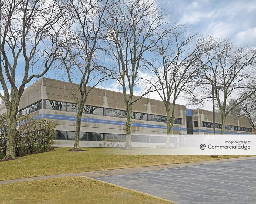 Chesterbrook Corporate Center - 851 Duportail Road