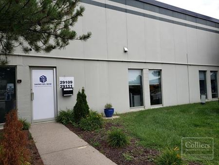 For Sublease > 7,300 SF Office / Distribution Airport Park Romulus Just Minutes From Detroit Metropolitan Airport DTW - Romulus