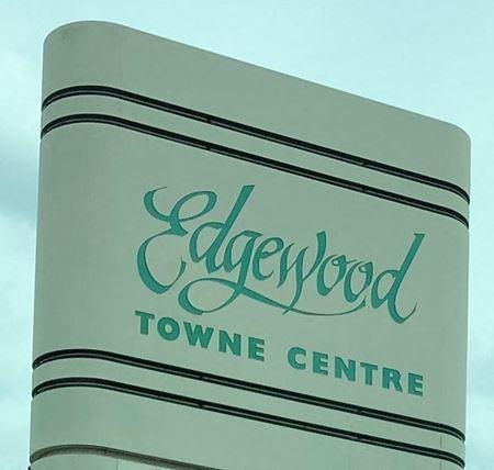 Edgewood Towne Center - Lansing
