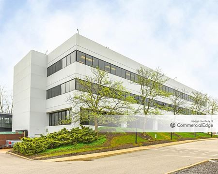 Ghent Road Office Park - 367 & 375 Ghent Road - Fairlawn