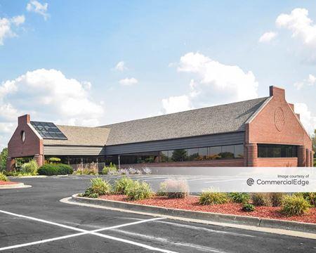 Eaglecrest Office Park - 3310 Eagle Park Drive NE - Grand Rapids