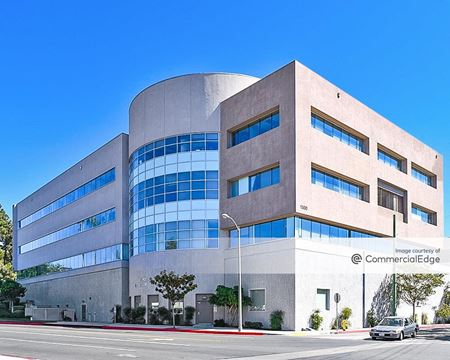 Lee Hughes Medical Building - Glendale