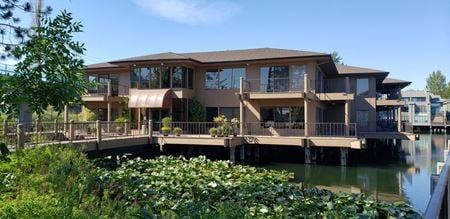 Nine Lake Bellevue - Suite 204 - Bellevue