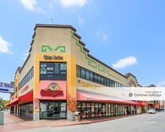 Plaza de la Fiesta III & IV - Huntington Park