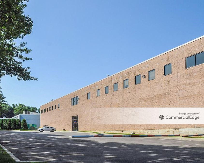 Harbor Park Corporate Park - 12 Harbor Park Drive