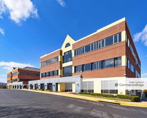 Linden Lake Business Center