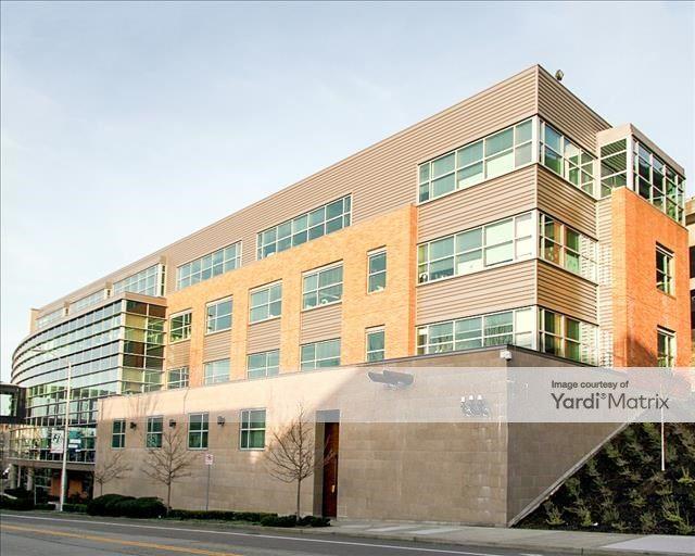 1100 Eastlake Building