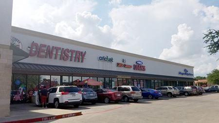 Unique 7 Unit Multi-Tenant Retail Center for Sale - Arlington