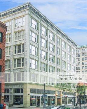 The 200 5th Avenue & 438 Market Street