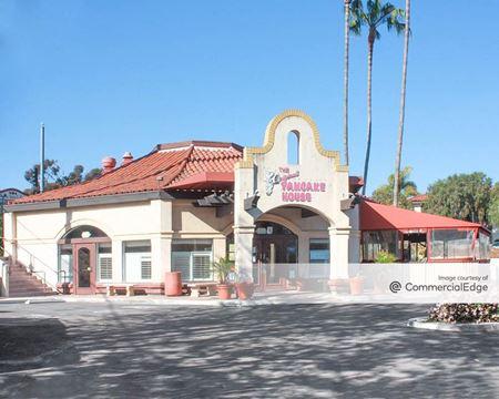 Rancho Santa Fe Plaza - Encinitas
