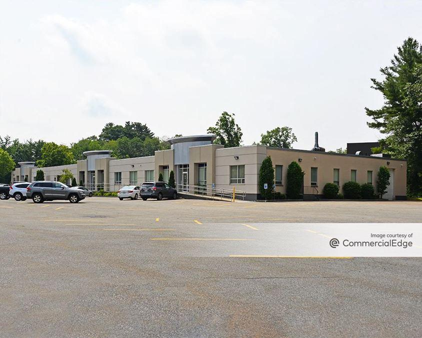 Cummings Business Park - 340 Fordham Road