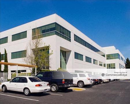 Redwood Business Park - 1435, 1440 & 1450 North McDowell Blvd - Petaluma