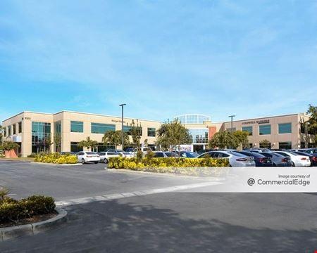 One University Centre - Bakersfield