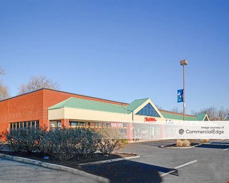 Shops at Blue Bell - Blue Bell