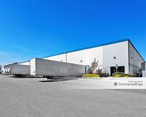 Hayward Business Park - 30973-30985 Santana Street
