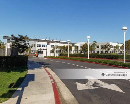Alton Corporate Center - 16225 Alton Pkwy - Irvine