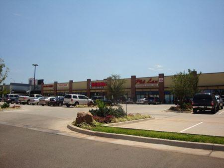 Rivermoore Plaza - Moore