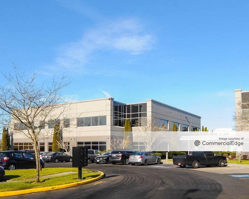 Redmond East Business Campus - Buildings 18 & 19