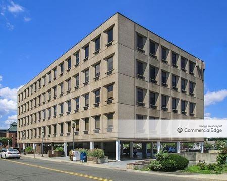 Riverside Plaza - Westport