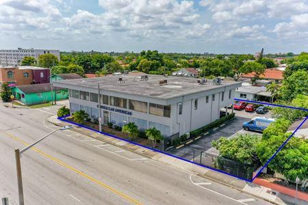2433 NW 7 ST, Miami, Fl - Miami