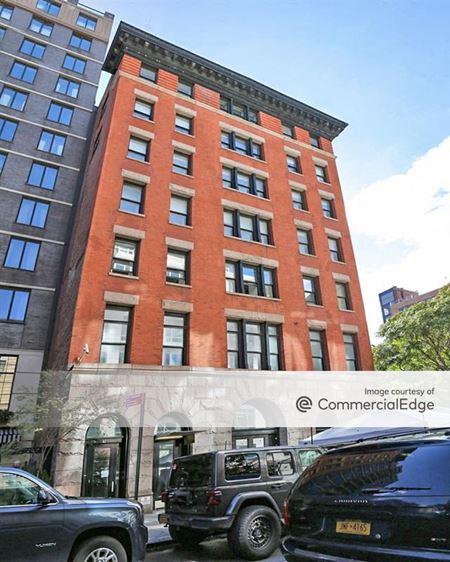 54 Thompson Street - New York