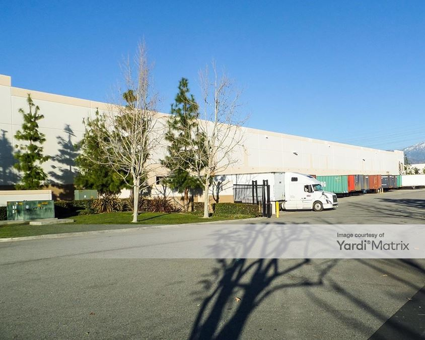 Mountain View Industrial Center - 2459 Almond Avenue
